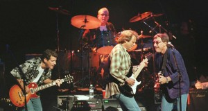 FILE PHOTO: American rock group The Eagles, shown performing in 1998 in London, Britain   REUTERS/David McNew/File Photo