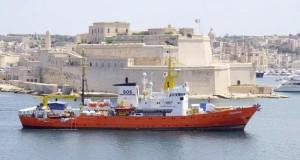 italie 177 migrants bloqués depuis 48h au large de Lampedusa