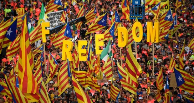 A Barcelone, un million de Catalans montrent leur force