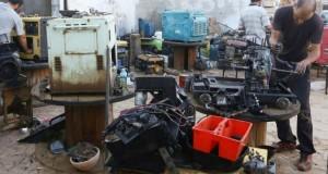 A court d'électricité, de carburant et d'argent L'été galère des Libyens