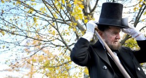 Doutes sur l'authenticité d'un chapeau de l'ex-président US