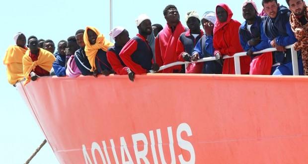 L'Aquarius demande à accoster en France Paris préfère une «solution européenne»