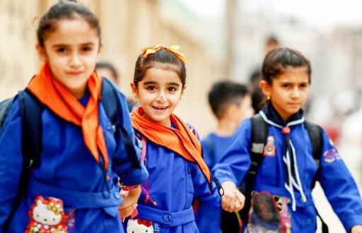 Des élèves des zones kurdes affluent vers les écoles du régime