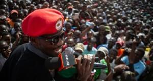 Bobi Wine en concert devant des milliers de fans