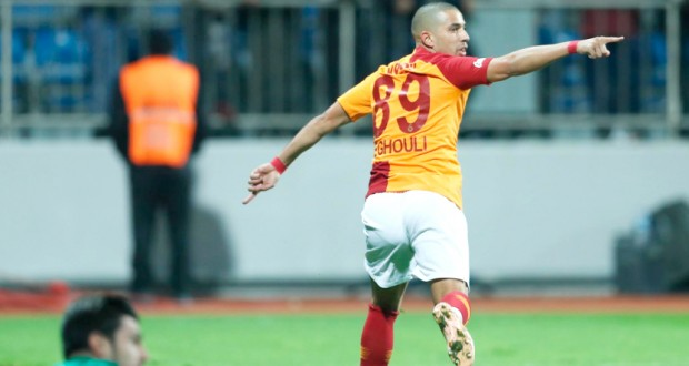Feghouli copie