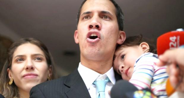 Guaido dénonce les tentatives d'intimidation des forces de l'ordre