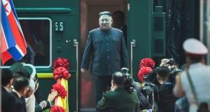 Kim arrive à Hanoï