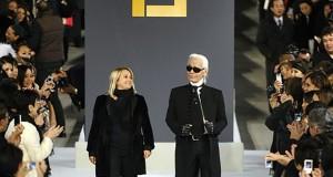 Les cinq défilés emblématiques de Lagerfeld