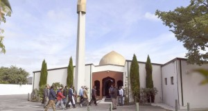 Les fidèles de retour à la mosquée de Christchurch La vie reprend son cours