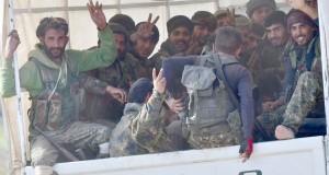 Les forces anti-EI ratissent Baghouz avant d'annoncer la victoire
