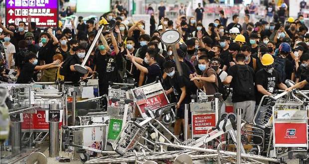 Manifestations pro-démocratie à Hong Kong