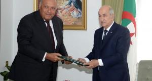 Le président de la République, M. Abdelmadjid Tebboune reçoit, le ministre égyptien des Affaires étrangères Sameh Choukri
