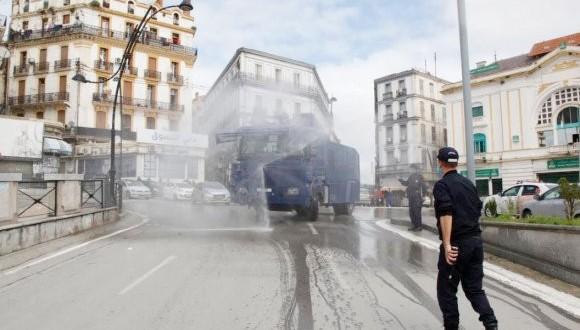 désinfecter les rues et quartiers