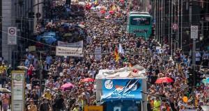 Allemagne - Des manifestants dans la rue pour contester les mesures anticoronavirus
