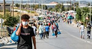 A Lesbos, la majorité de demandeurs d'asile installés dans le nouveau cam