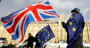 Accord post-Brexit Londres exige de l'UE plus «réalisme» pour la reprise des négociations