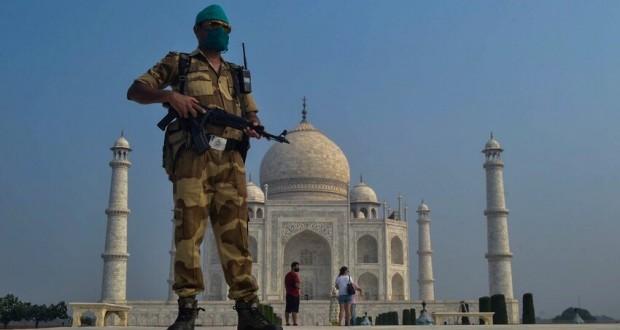 Ouverture du Taj Mahal sur fond de coronavirus