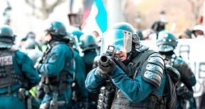 POLICE FR -USAGE GRENADES - MANIFS