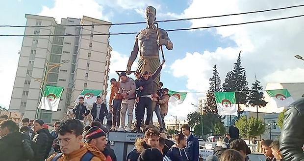 Statue Chachnaq