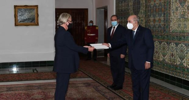 Le Président reçoit les lettres de créance de quatre nouveaux ambassadeurs