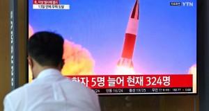 La Corée du Nord tire un missile et affirme son droit à tester des armes